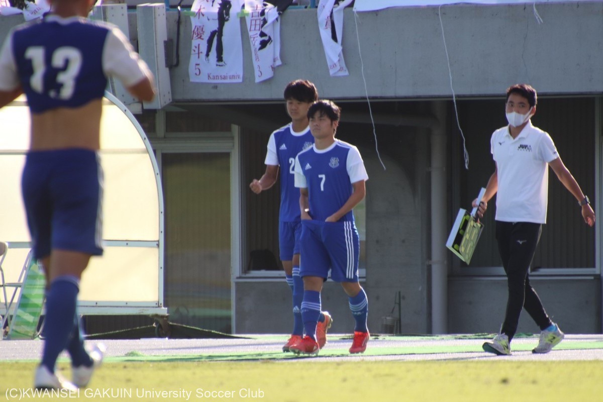 LINE_ALBUM_後期第7節vs関西大学_211011_9